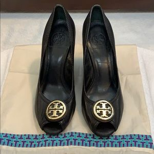 Authentic Black leather Tory Burch Wedges